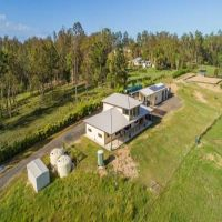 SOLD!! UNIQUE RURAL OFFERING!! 5 MINUTES TO CBD!