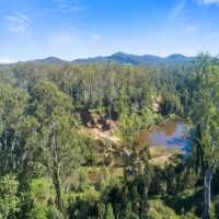'Road Paddock' 670 acres 1.3km Creek Frontage