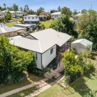 UNDER OFFER!! Hidden Gem close to CBD!