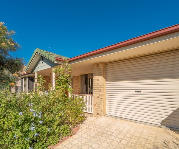 SOLD!! Single lock up garage and a lovely private outdoor entertainment area - this makes for a great family home.