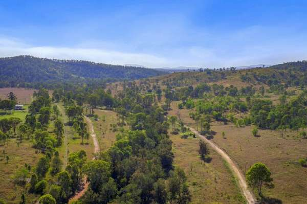 Valley Vista – Superb country 220 acres to 285 acres