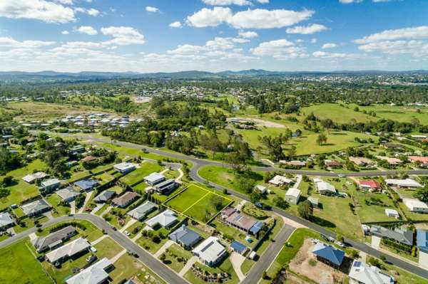 Huge 1707 sqm – Opportunities Galore