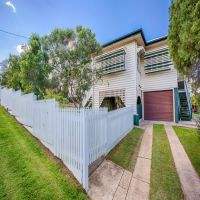 UNDER OFFER!! Character Home, Complete with White Picket Fence