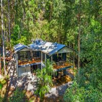 SOLD!! Relax and Enjoy your Own Private, Piece of Paradise!